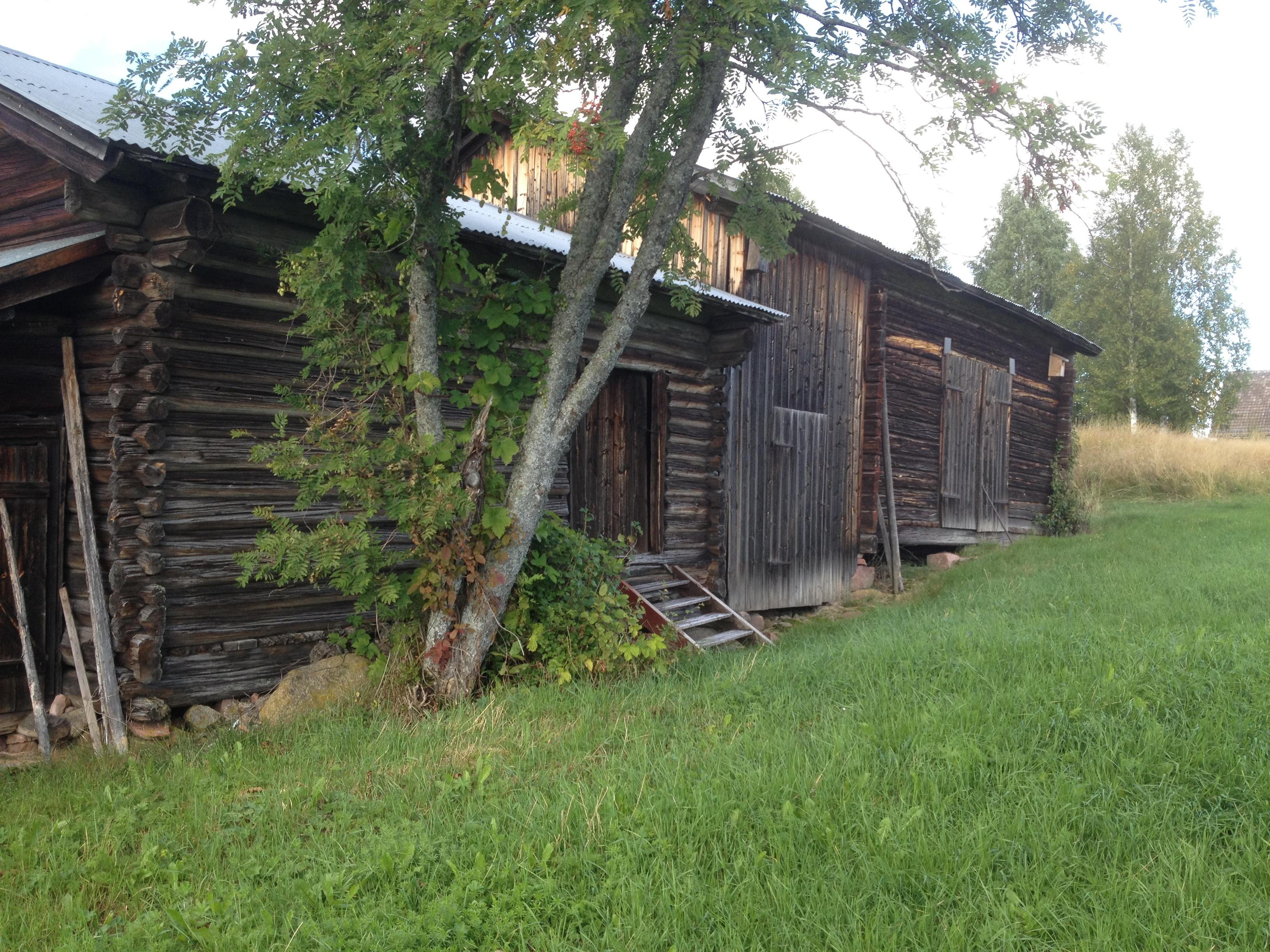 Uthus Älvdalen trähus