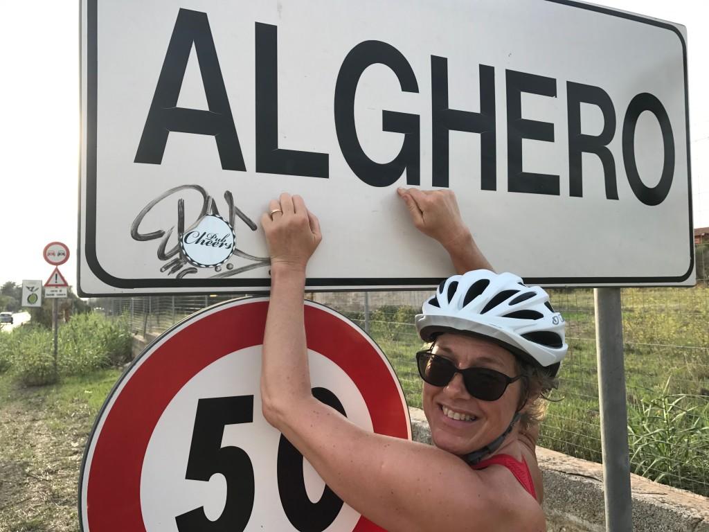Sassari-Alghero: 34 km Resans tråkigaste cykling. Raka vägar. Aggressiv biltrafik.